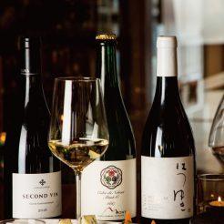 小樽の余韻に浸りながらお家でワインを楽しむのはいかがですか?ソムリエ厳選ワインを是非お土産に!